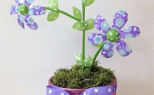 recycle upcycle water bottle ribbon flowers, crafts, how to, repurposing upcycling, seasonal holiday decor
