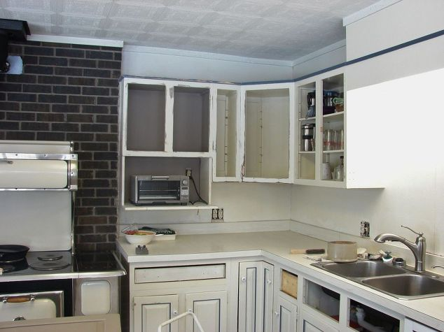 Kitchen remodel on a strict 1 000 budget hometalk for Renovate a kitchen on a budget