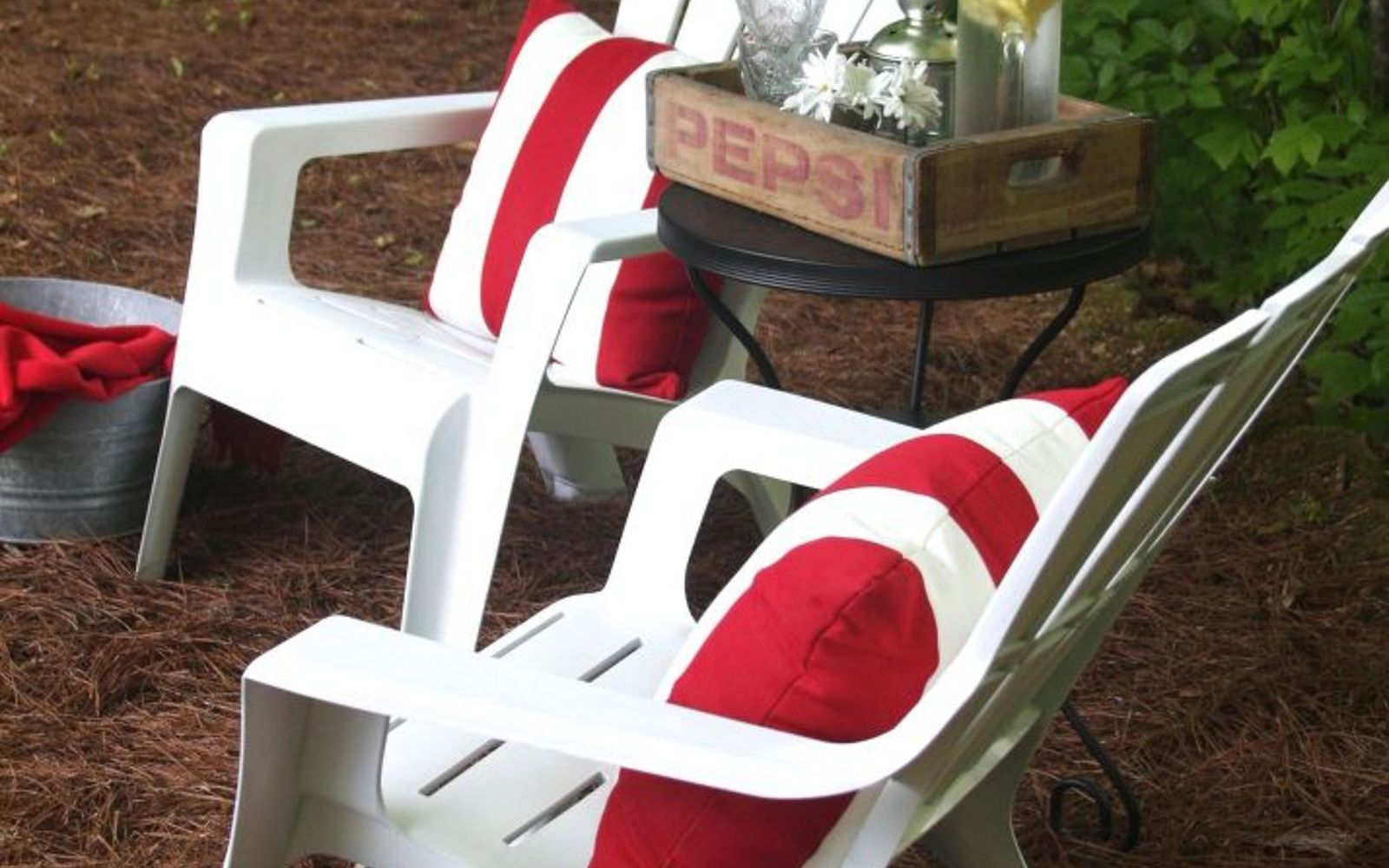s 12 pool chair ideas we never would have thought of, painted furniture, pool designs, Spray them white and shiny again