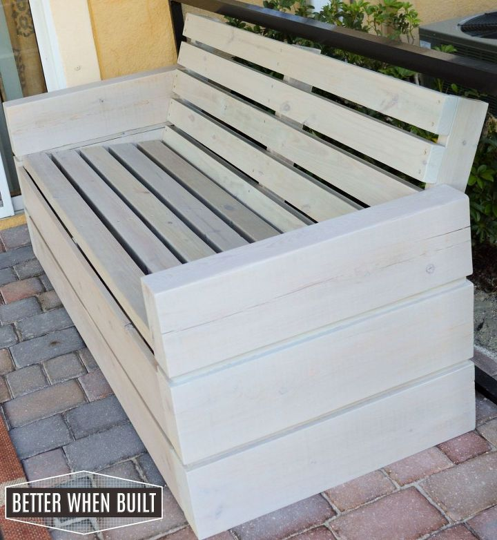 Diy outdoor sofa hometalk for Sofa exterior diy