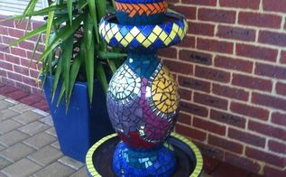 mosaic totem from old pots, crafts, gardening, outdoor living