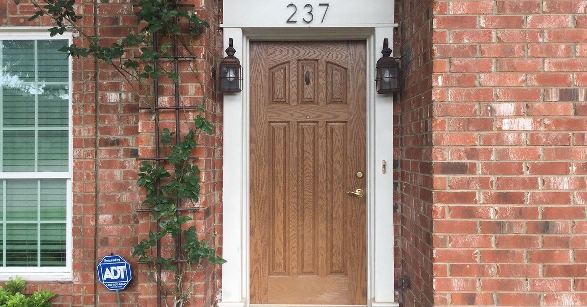 Sheen for front doors hometalk for What sheen for exterior house paint