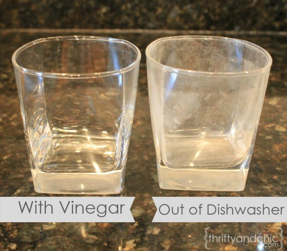 15 genius uses for vinegar most people don 39 t know hometalk. Black Bedroom Furniture Sets. Home Design Ideas
