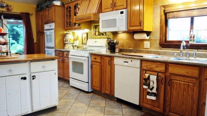 A Craigslist Kitchen Redo Diy Kitchen Cabinets Kitchen Design Kitchen Island