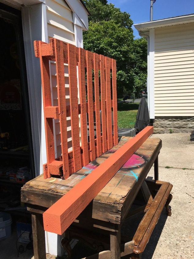 Outdoor organization rack from a pallet hometalk for Grill storage ideas