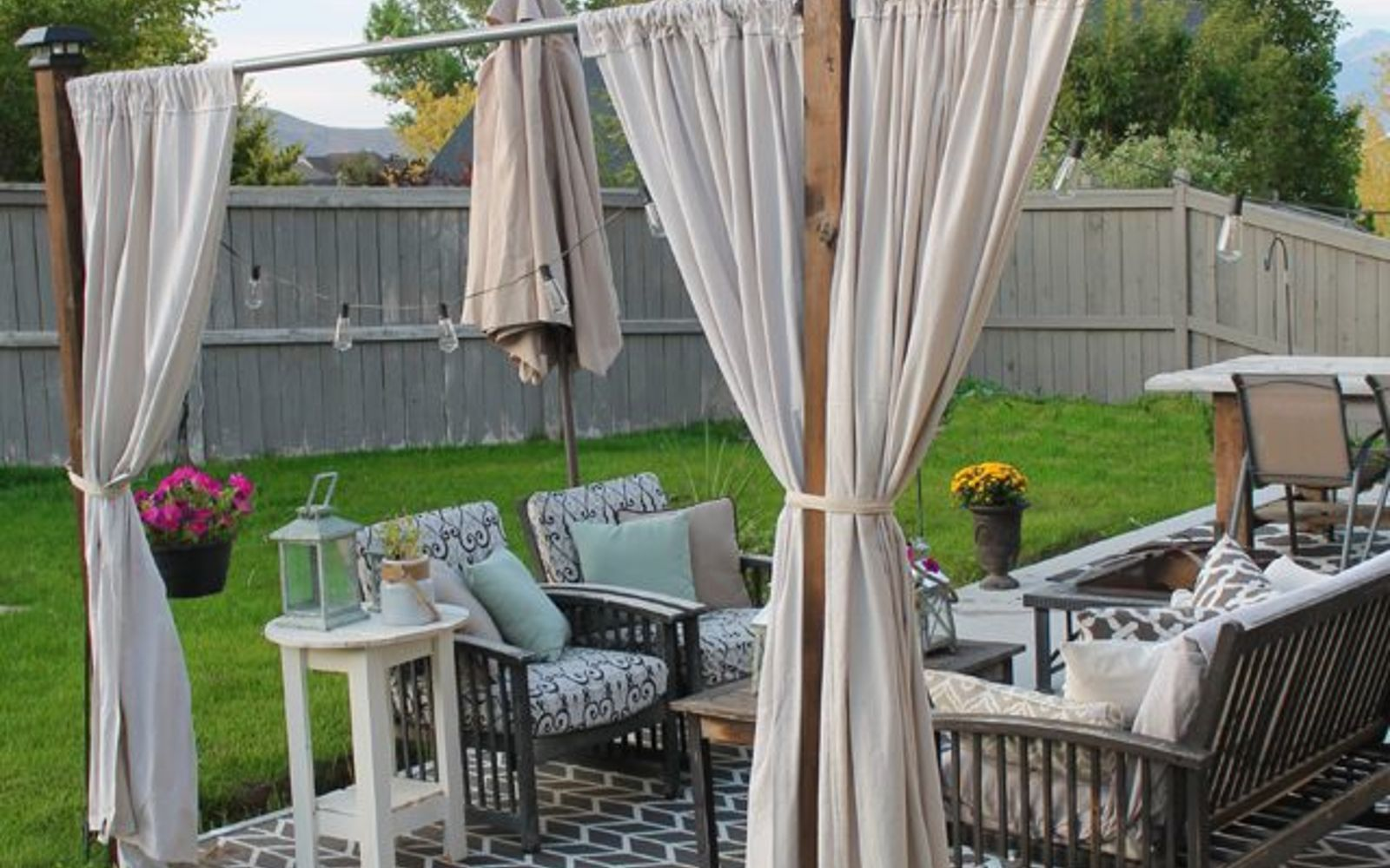 s wait they did what in their backyard , outdoor furniture, outdoor living, Make a shady private spot with drop cloth