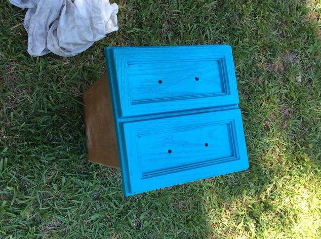 Diy Painted Cooler : Sewing table cooler copy diy hometalk