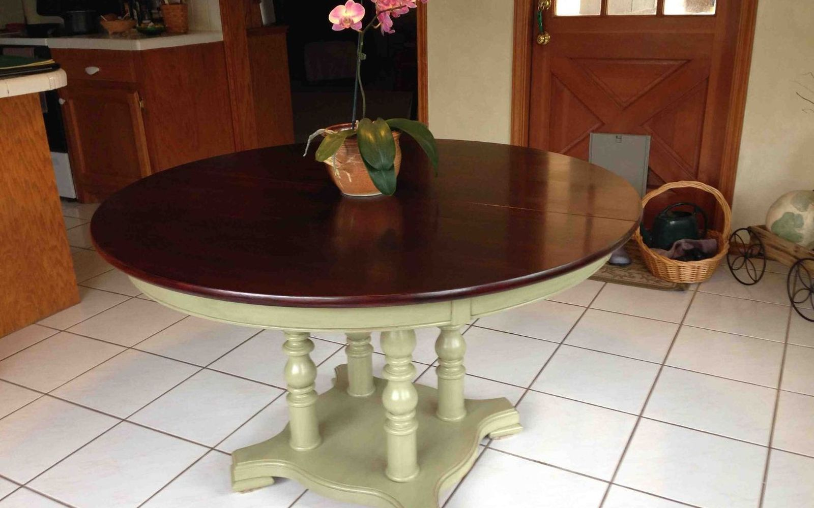 s 9 gorgeous ways to refinish old wood furniture, painted furniture, woodworking projects, Highlight certain areas with dark stain