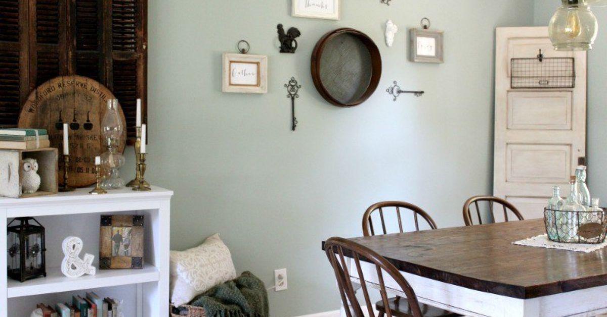 Diy antiqued vintage door tutorial hometalk for Diy dining room decorating ideas
