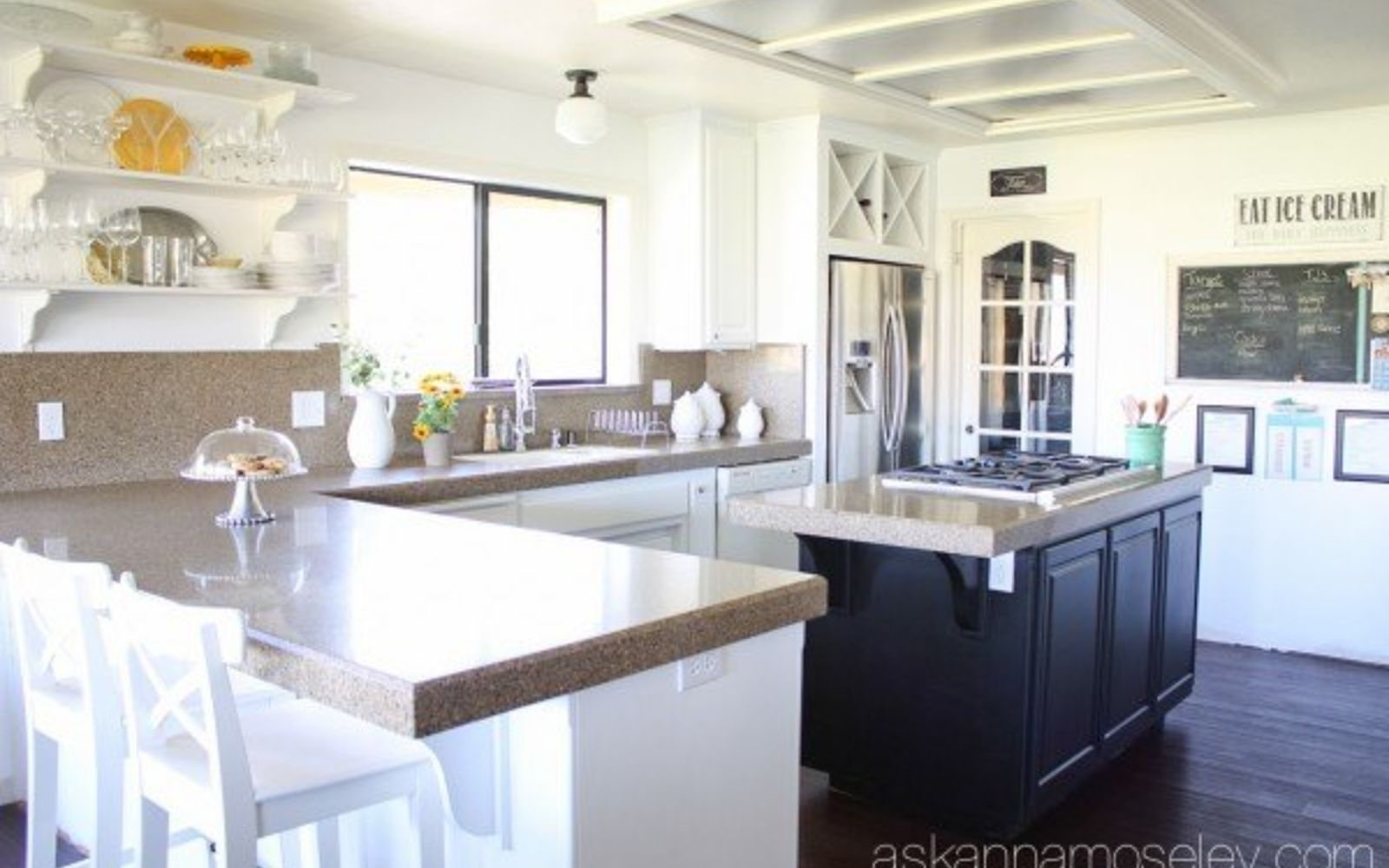 s 13 kitchen paint colors people are pinning like crazy, kitchen design, paint colors, Differentiate cabinets with black and white