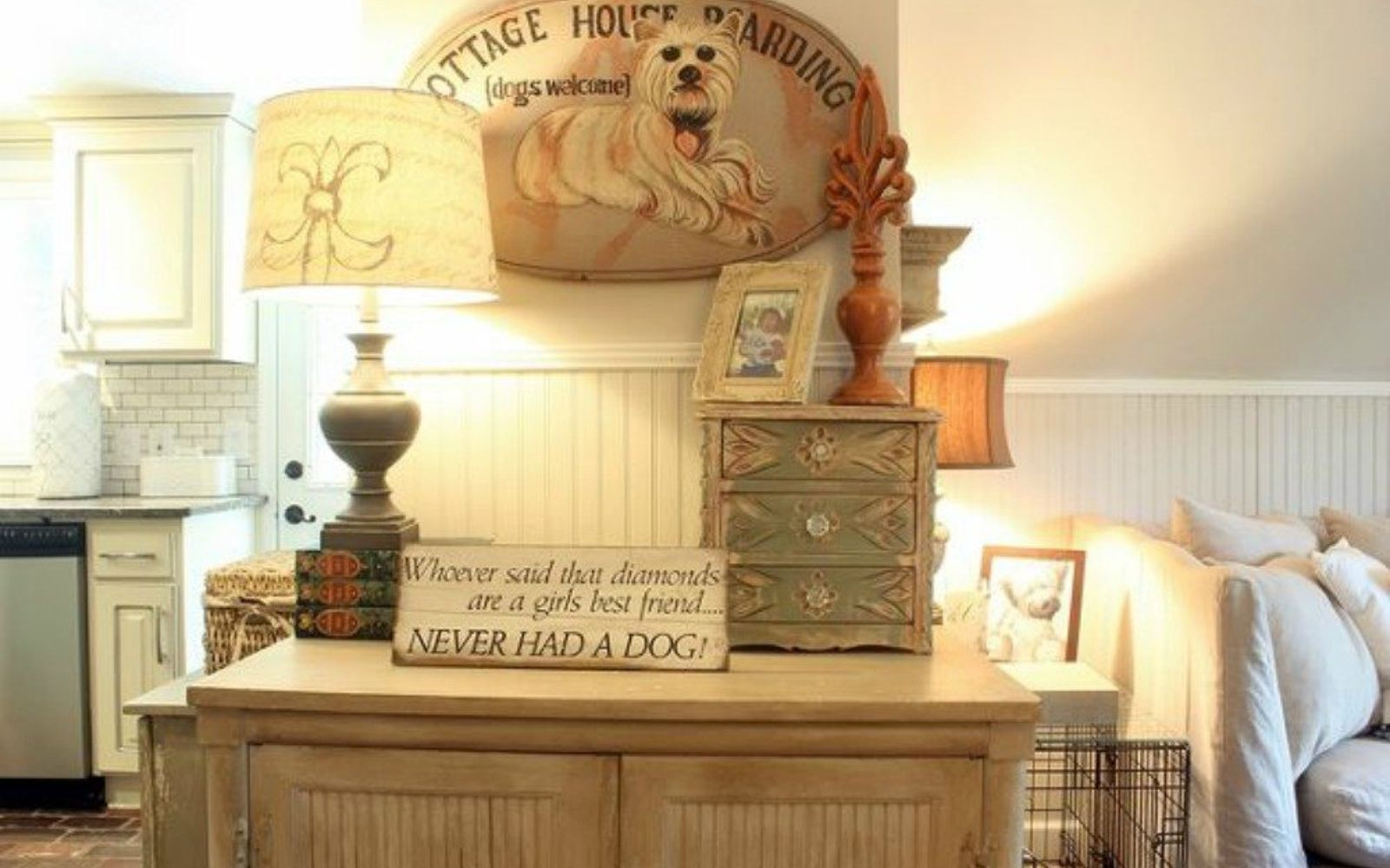 s why everyone is freaking out over these country cottage rooms, bedroom ideas, entertainment rec rooms, home decor, This french decor completes the den