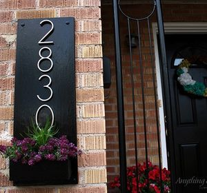s 11 charming ways to add your number sign to your garden, curb appeal
