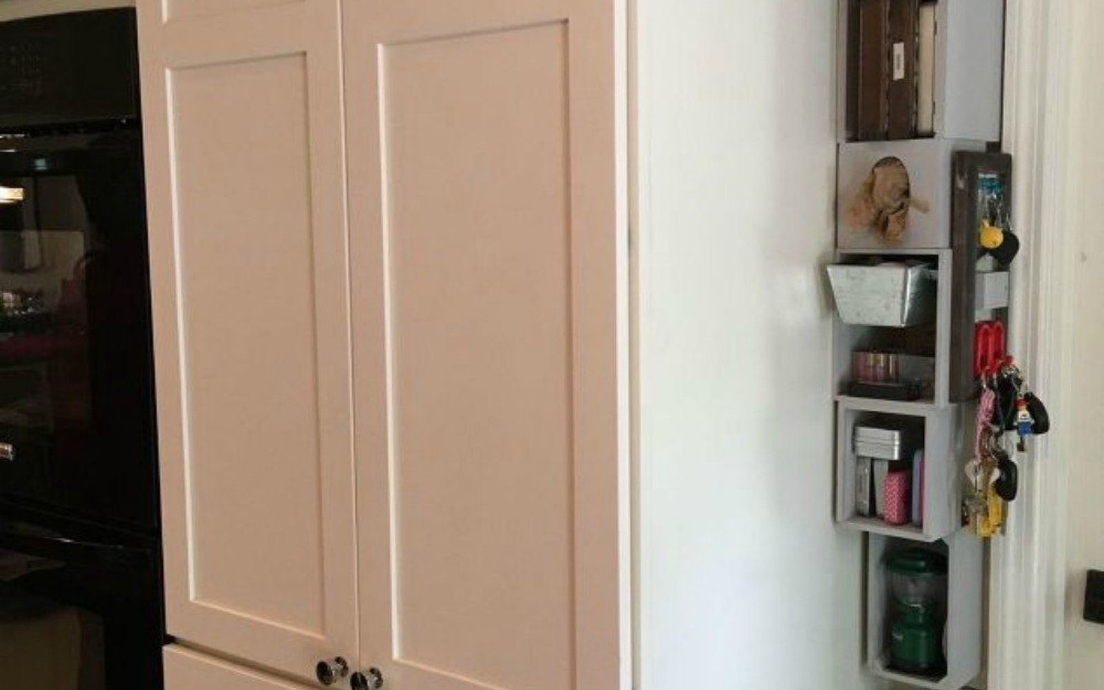 Deep Kitchen Cabinet Solutions: 12 Space Saving Hacks For Your Tight Kitchen