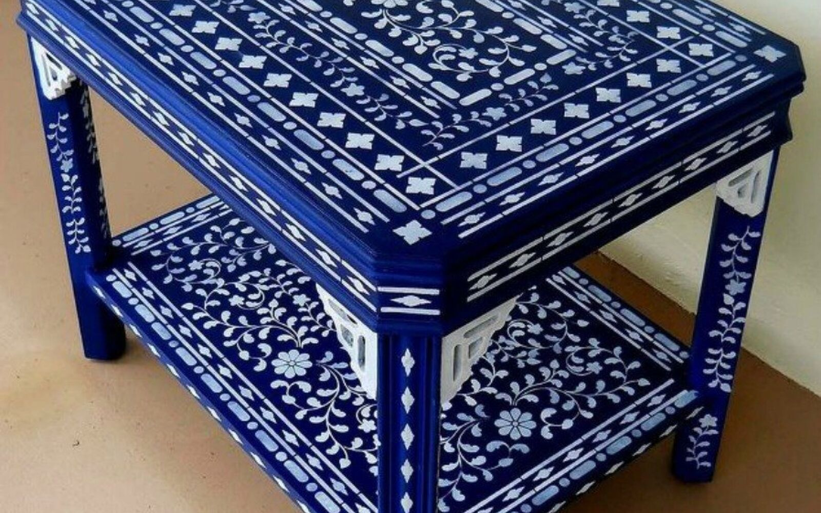 s 14 glamorous ways to upgrade your home using stencils, home decor, Upgrade your side table into an eye catcher