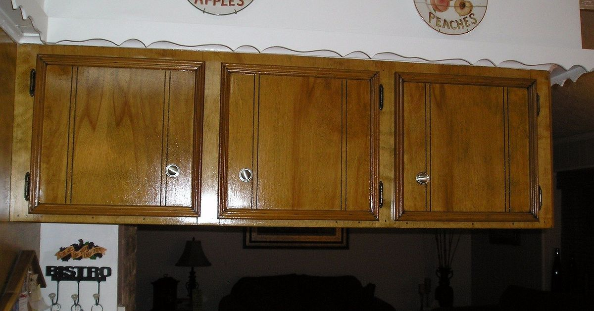 Staining kitchen cabinets hometalk - Painting over stained kitchen cabinets ...