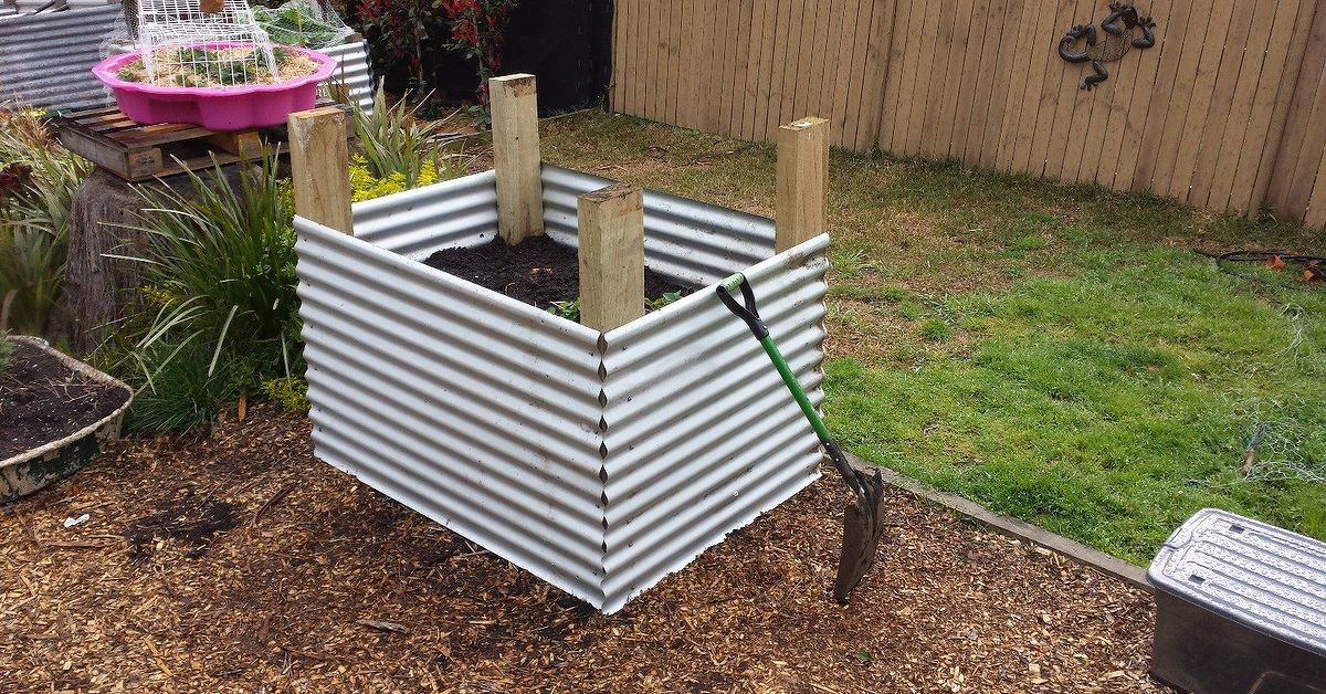 How To Make A Raised Garden Bed With Corrugated Iron