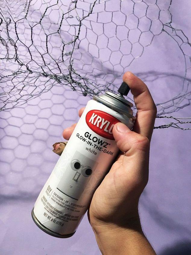 Spray Paint Chicken Wire