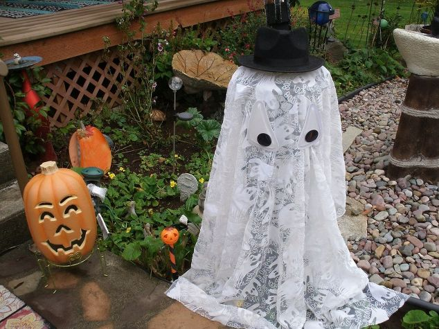 easy outdoor light up halloween ghost crafts halloween decorations repurposing upcycling seasonal - Light Up Halloween Decorations