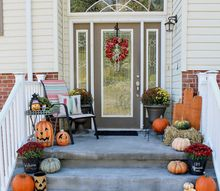 halloween on the front stoop, halloween decorations, seasonal holiday decor