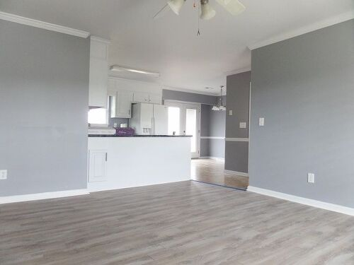 Top 28 gray floors what color walls dark floors gray for What colors match with grey