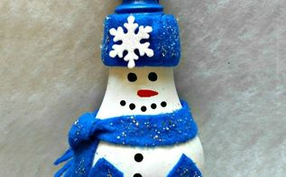 diy light bulb snowman, christmas decorations, crafts, how to, pallet, seasonal holiday decor