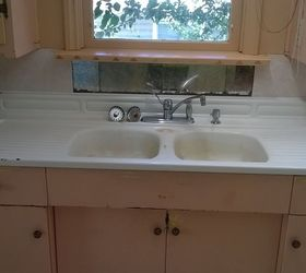 i have a double sink just like it if anyone wants it and is willing to pay for shipping from bc canada your welcomed to it