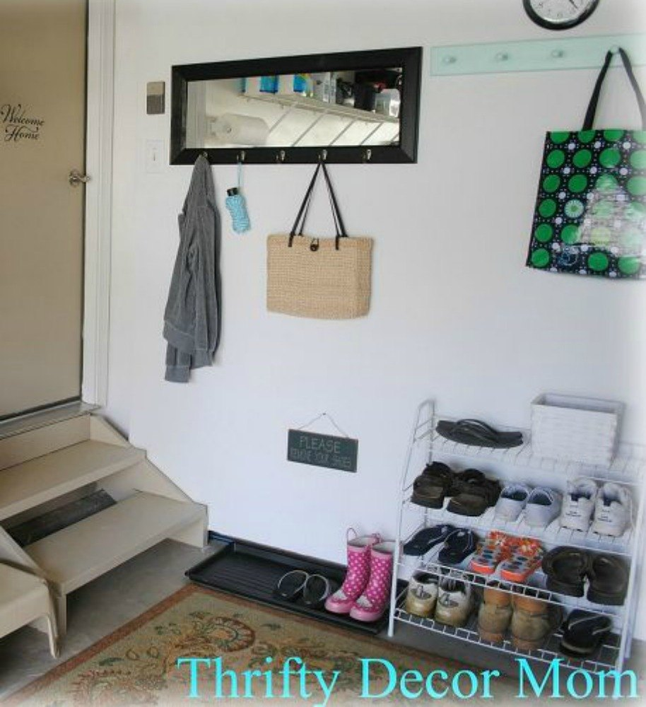 Here's how to get a mudroom when you don't have an entryway (13 ...