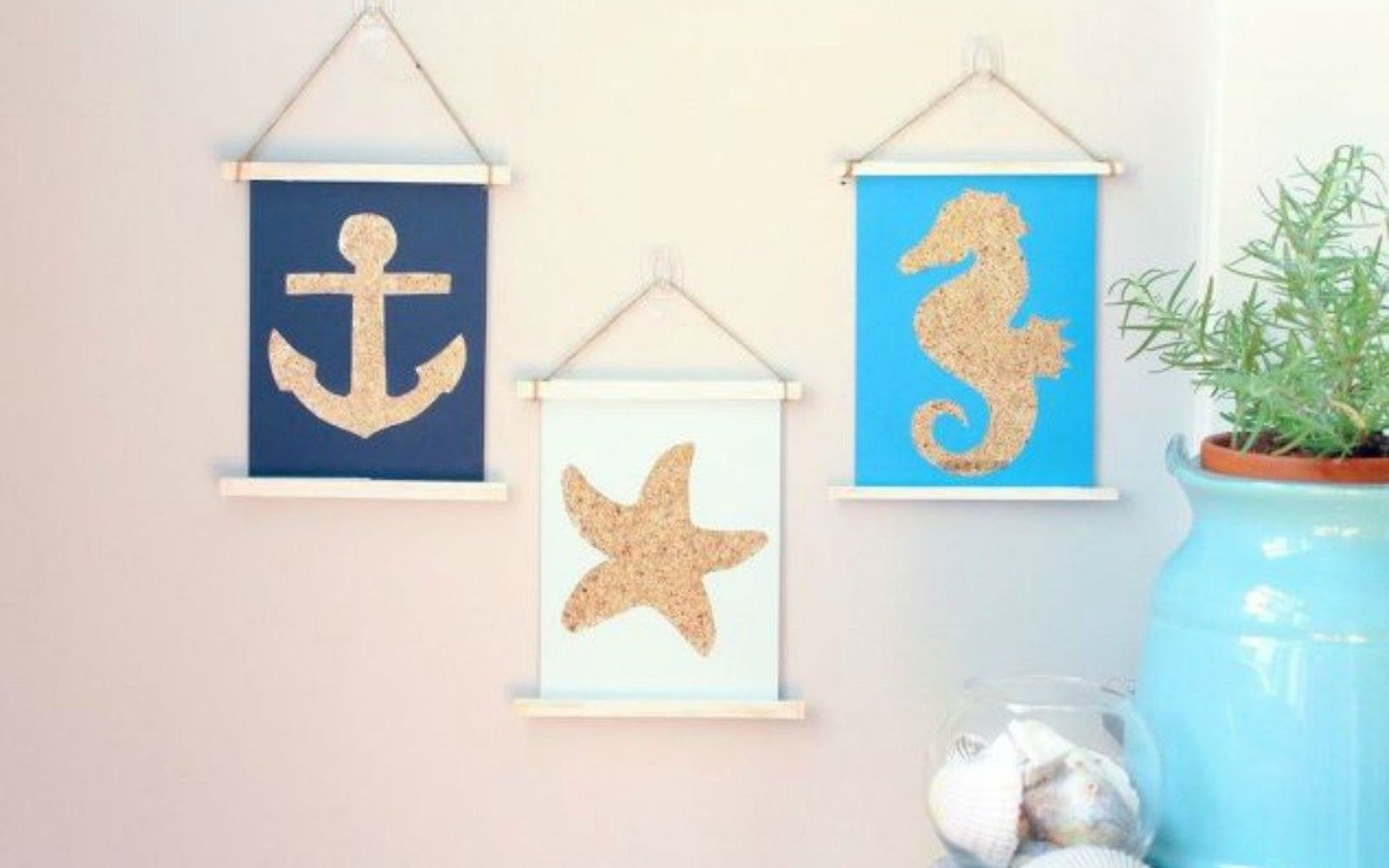 s shut the front door these sand decorating techniques are stunning , doors, Turn paper into stunning nautical wall art