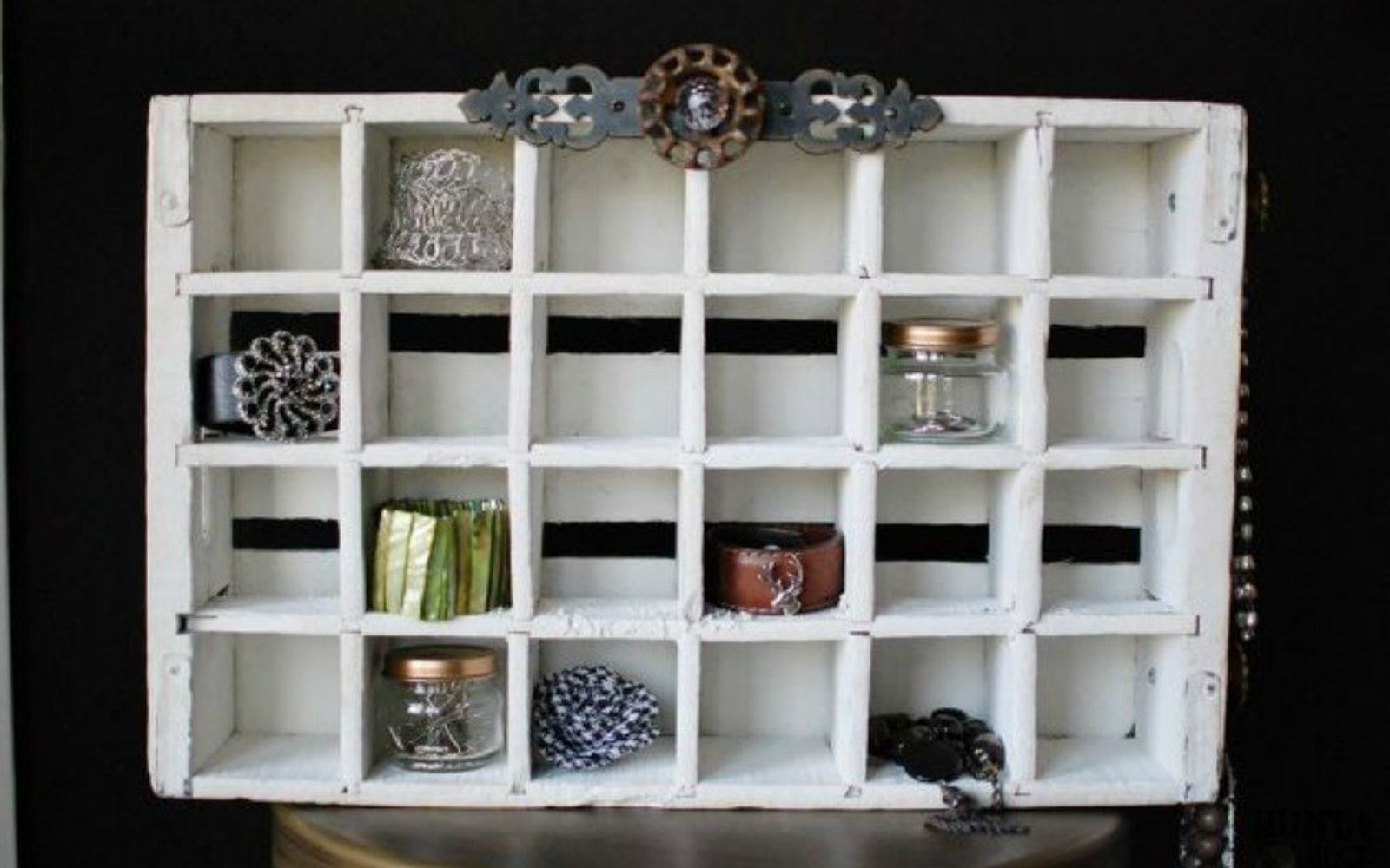 s 21 jewelry organizing ideas that are better than a jewelry box, organizing, This reclaimed and painted soda crate