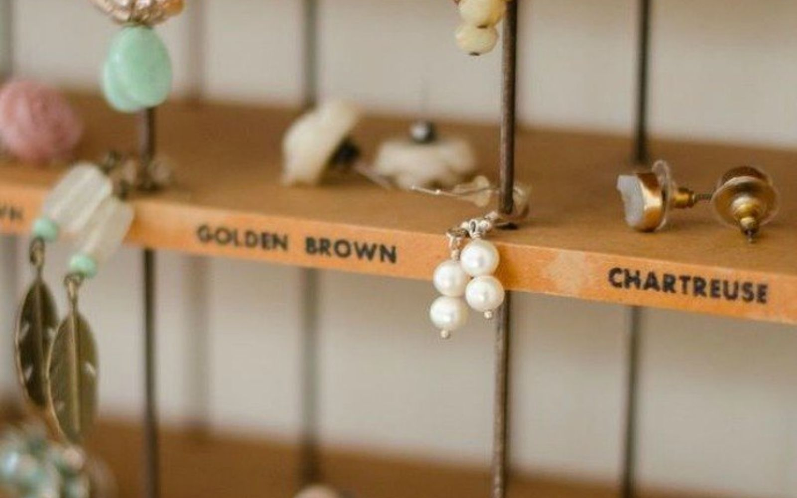 s 21 jewelry organizing ideas that are better than a jewelry box, organizing, This old dye rack that displays everything