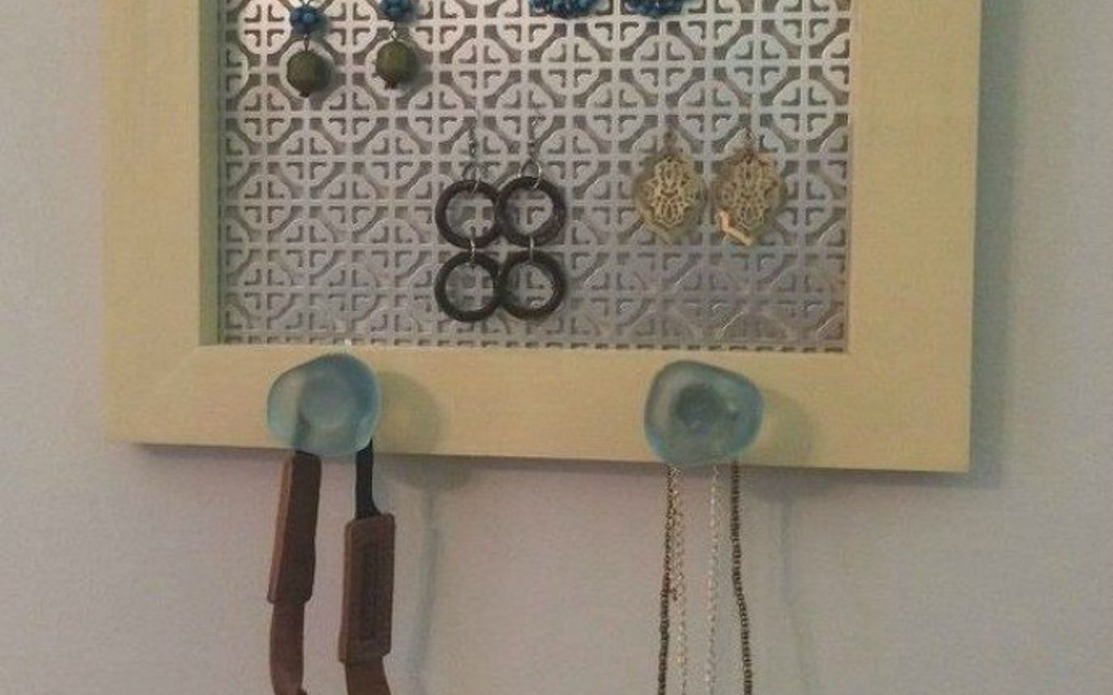 s 21 jewelry organizing ideas that are better than a jewelry box, organizing, This frame with a sheet metal backing