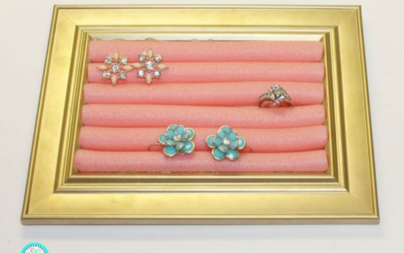 s 21 jewelry organizing ideas that are better than a jewelry box, organizing, Or this one with foam hair rollers