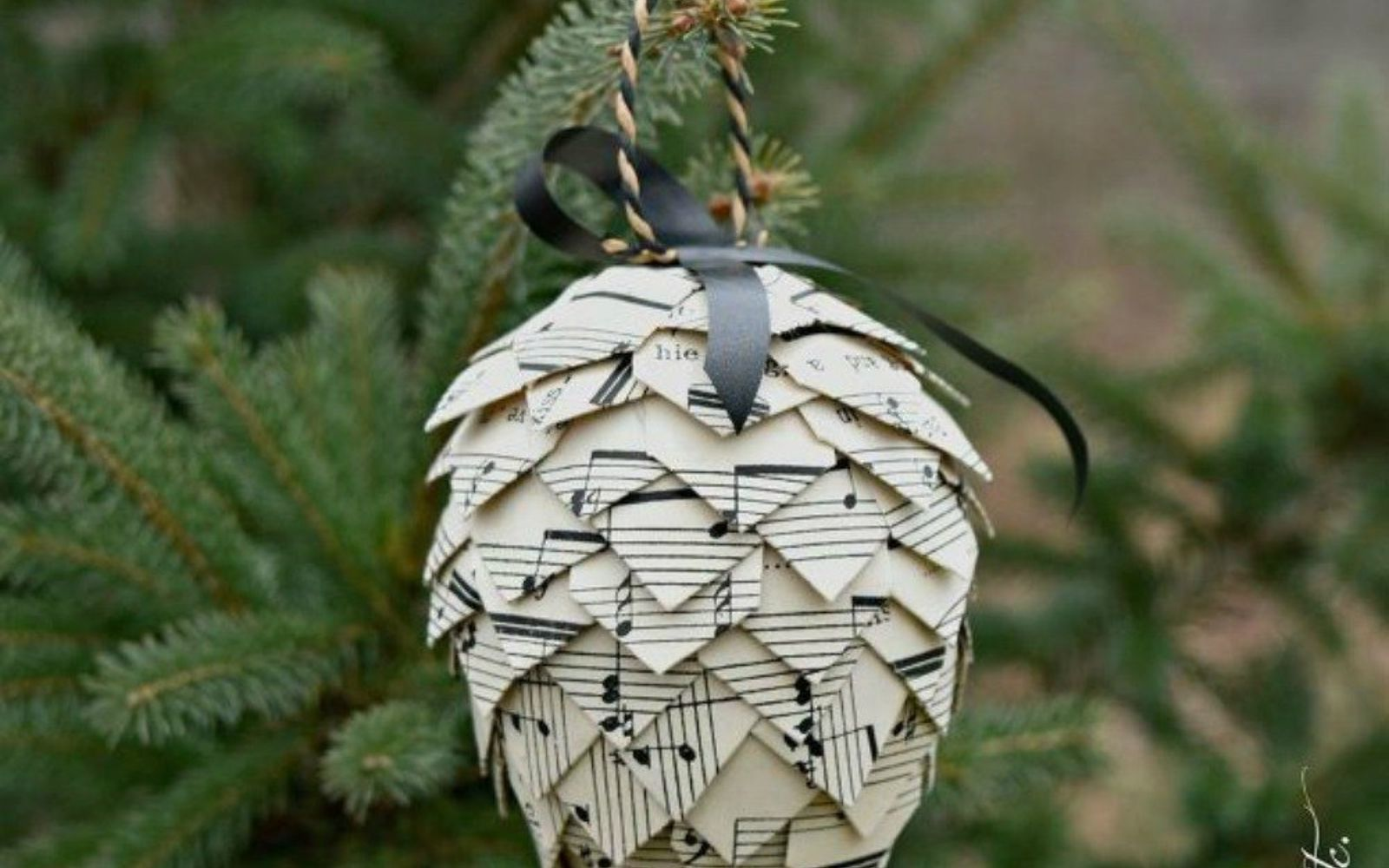s cut up styrofoam for these breathtaking christmas ideas, christmas decorations, Glue them into musical pinecones