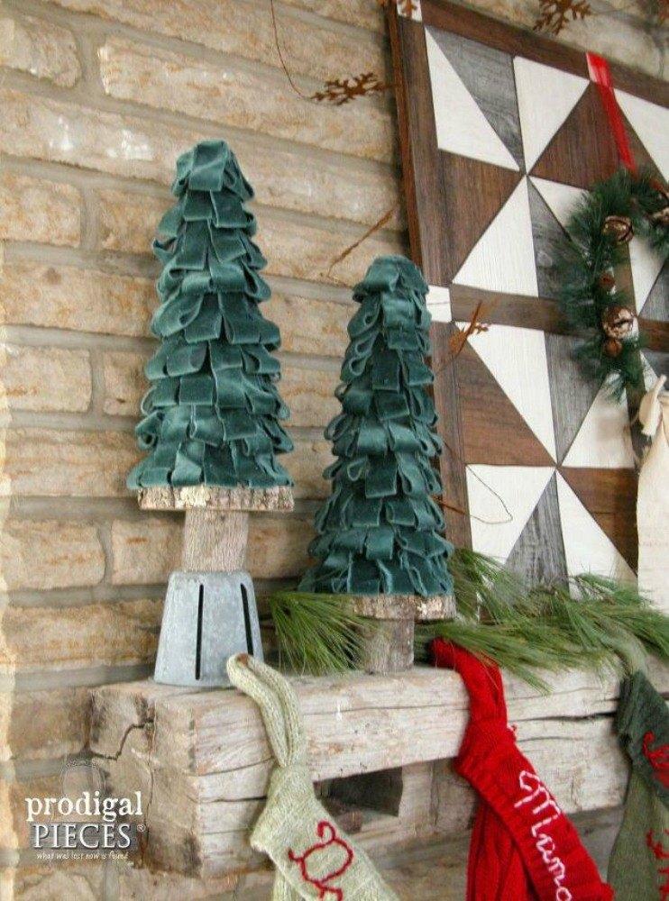 Break Room Christmas Decorations