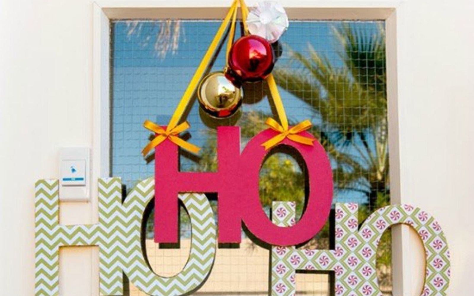 s cut up styrofoam for these breathtaking christmas ideas, christmas decorations, Cut them into a cute door hanger