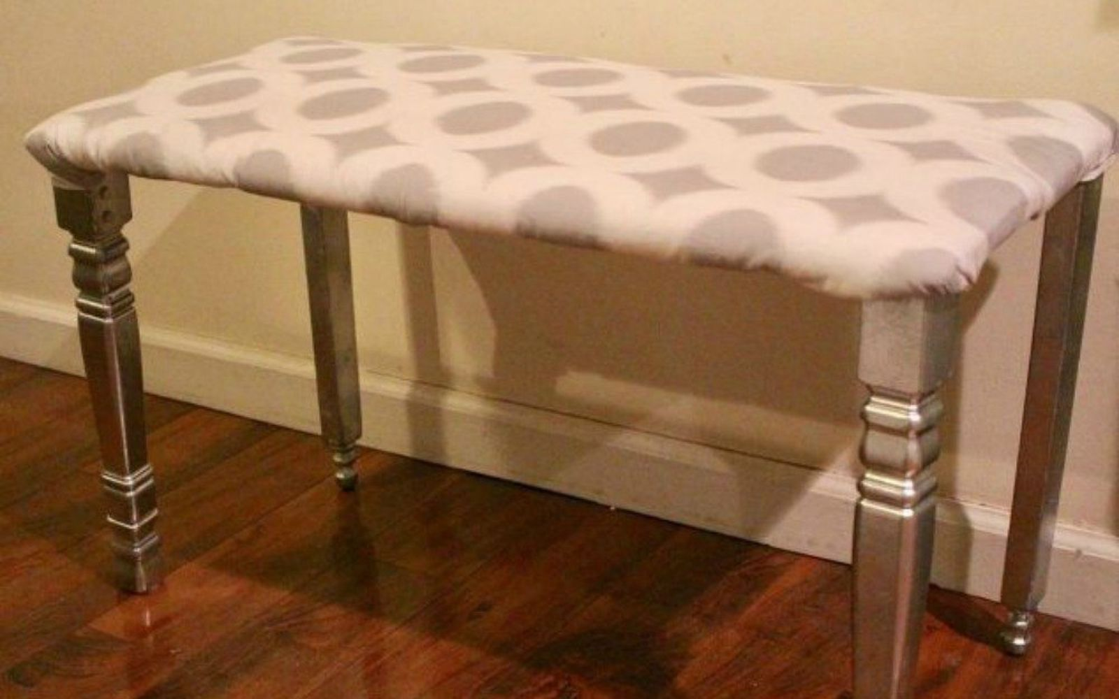 s 10 surprising ways to turn old furniture into extra seating, painted furniture, After A simple dining room bench