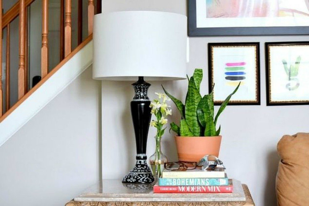 14 blah to beautiful lamp ideas to transform your entire for Living room 11 x 14