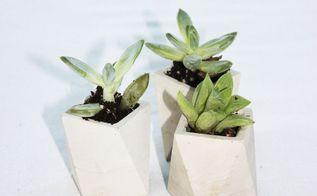 mini concrete planters diy, concrete masonry, gardening