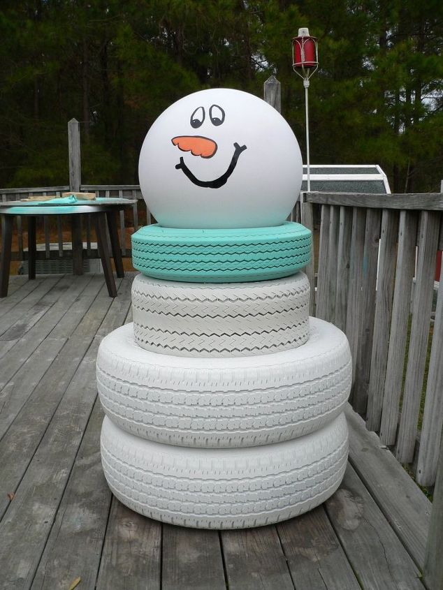Flakes the snowman hometalk for Snowmen made from tires