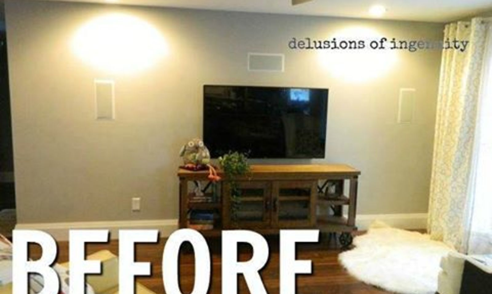 13 low budget ways to decorate your living room walls hometalk - Decorated walls living rooms ...