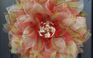 deco mesh christmas flower wreath tutorial, crafts, gardening, how to, wreaths