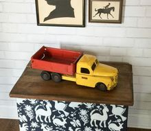 fun stenciled toy trunk