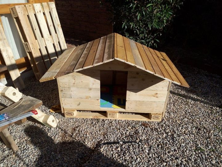 Reclaimed Pallet Wood Dog House Hometalk