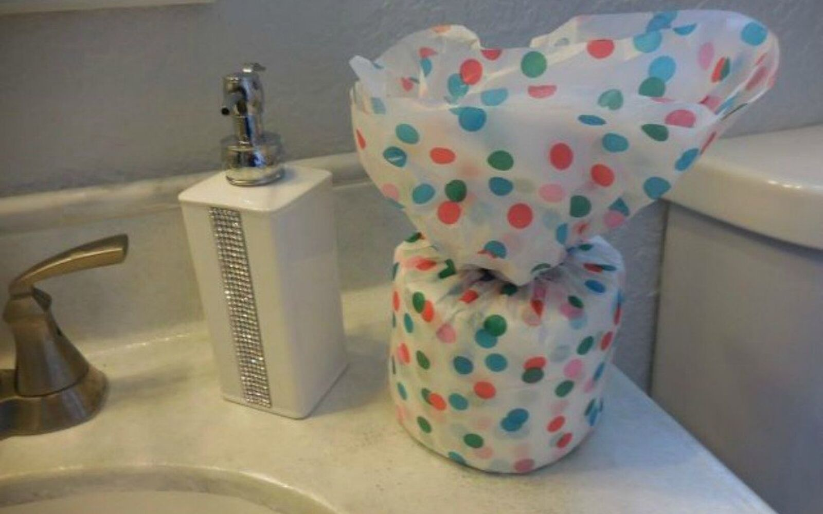 s be the best hostess on the block with these 16 home hacks, home decor, Cover the toiletries with something pretty