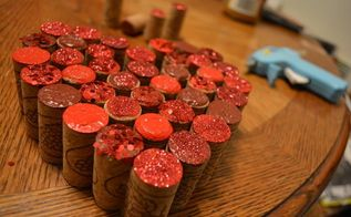 turn old corks into heart wall decor, home decor, wall decor