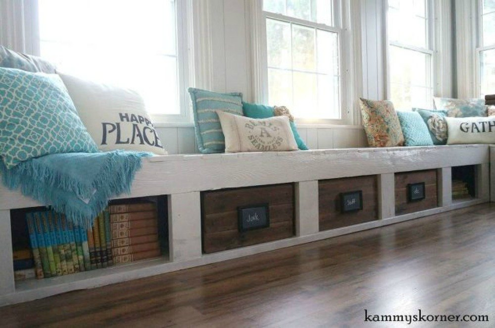 13 incredible living room updates using leftover wood for Living room updates