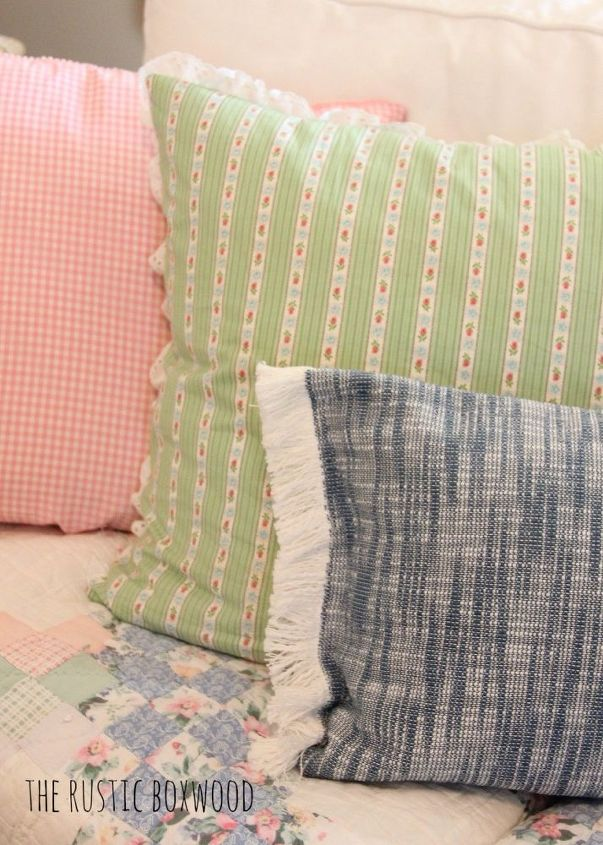 10-Minute, DIY Killim Pillow Cover Using Something VERY ...