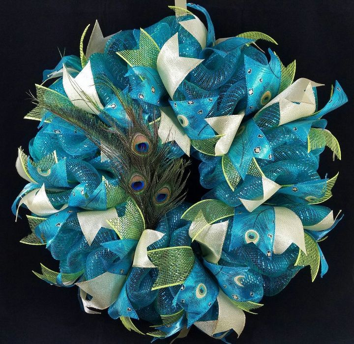 Deco Mesh Poof Wreath Tutorial Hometalk