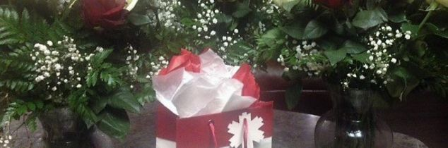 q dried roses, flowers, gardening