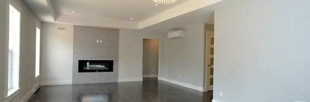 q help styling living room walls